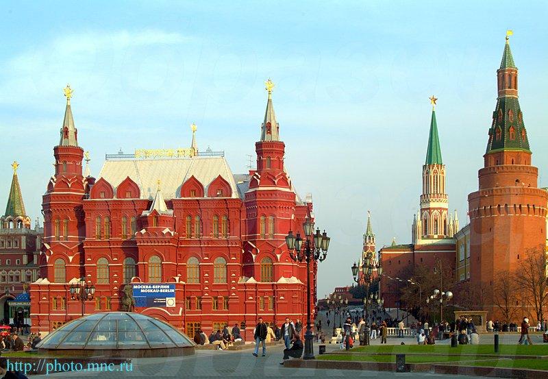 Манежная площадь исторический музей